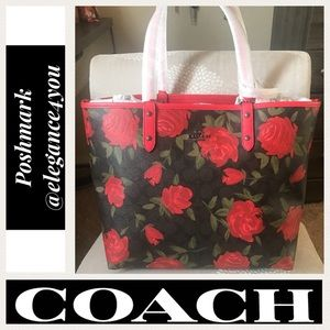 ✨COACH✨Last 2!✨Red Rose & Camo Reversible Tote!